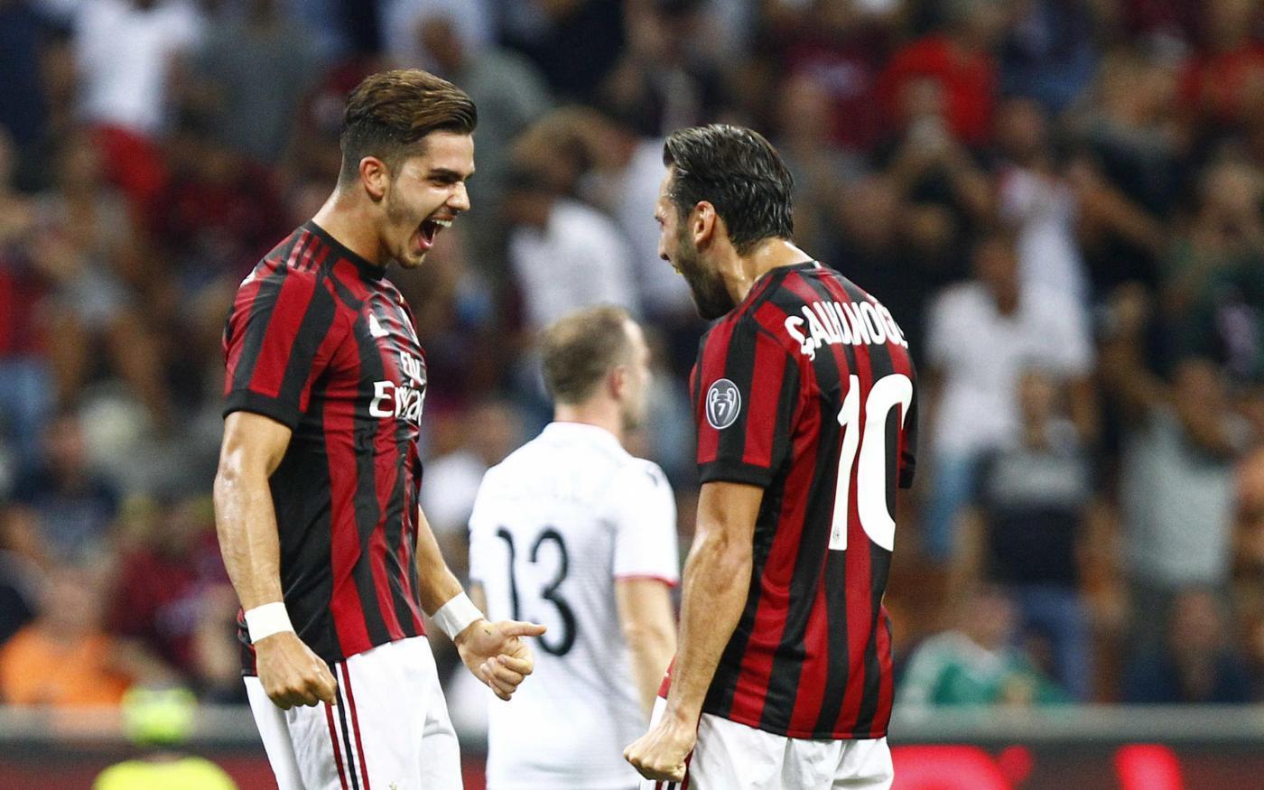 AC Milan oo xalay Yurub ka dhigtay sheeko ay ugu dambaysay 24 sano kahor & Hakan Çalhanoglu oo u dabbaaldegey!! + Sawirro