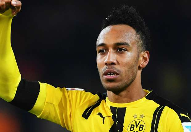 uefa-team-of-the-year-pierre-emerick-aubameyang_12fe1rbp31b3f1ialulr2wb5k5