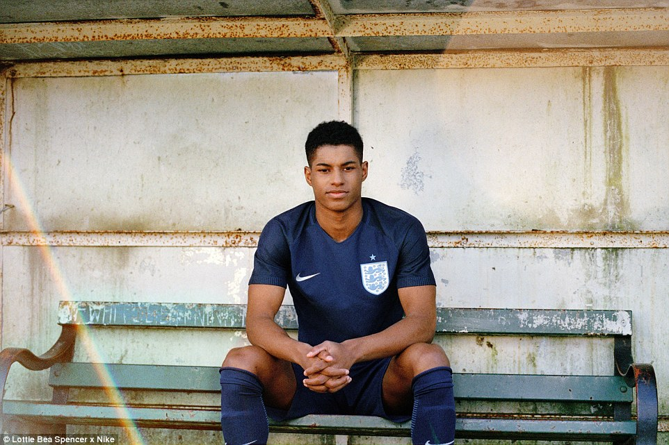 3E73D2B800000578-0-Marcus_Rashford_sits_in_the_dugout_in_England_s_smart_new_Nike_a-a-12_1489997167985