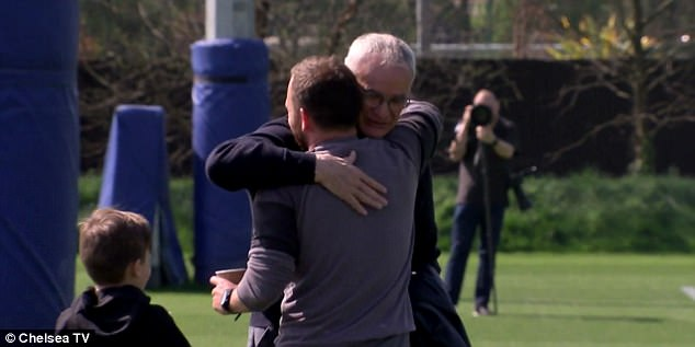 3F084F6400000578-4389584-Claudio_Ranieri_returned_to_visit_his_former_club_Chelsea_on_Fri-a-4_1491557855392