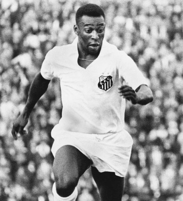 Santos-side-with-Pele-scored-254-goals-during-their-run-of-74-games-1035527