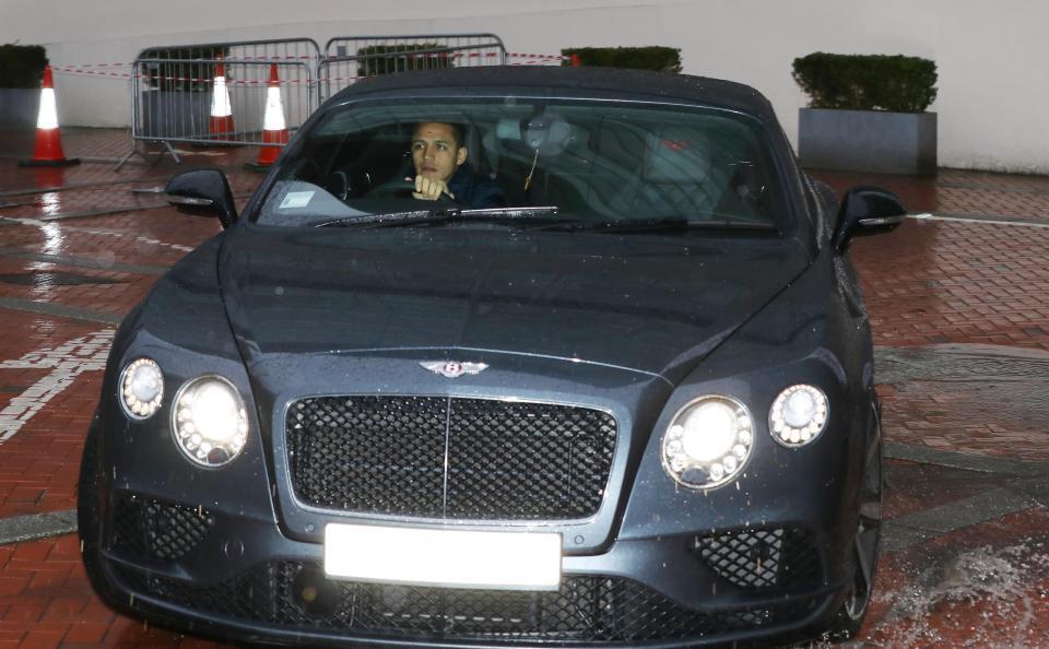 Baabuurka sanchez ayaa ka qaalisan dhammaan baabuurta ay for Bentley motors net worth