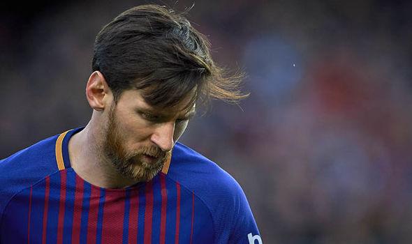 Warar ka soo baxaya Spain ayaa sheegaya in Lionel Messi aad uga xanaaqsan yahay TALLAABADAN uu u arko dhabar ka toogasho  – Waa arin quseysa Ronaldo….