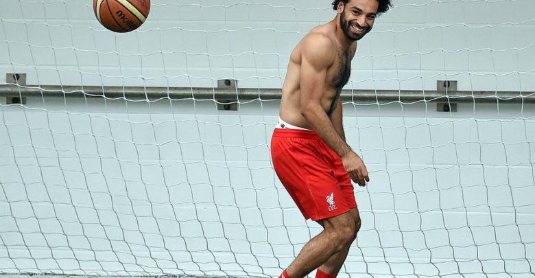 SAWIRRO: Mohamed Salah oo dib ugu soo laabtay tababarka kooxdiisa Liverpool… (Yaa ku wehliyay?)