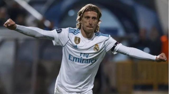 Modric oo jawaab xoogan ka bixiyay wararka xanta ah ee ku aadan inuu xiriir la sameeyay kooxda Inter Milan