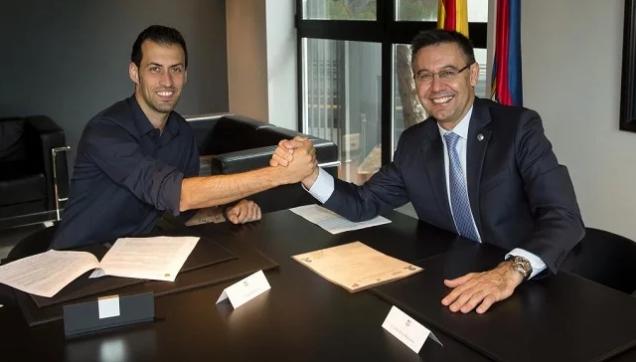 """Wargeyska """"Marca"""" oo shaaca ka qaaday in Barcelona ay heshiis la gaartay xidiga khadka dhexe Sergio Busquets"""