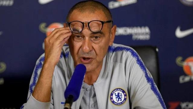 """""""Mourinho wuxuu u qalmaa xushmad, sidoo kale Manchester United waa kooxda ugu fiican England"""" _ Maurizio Sarri"""