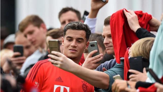 Klopp oo u diray Bayern Munich fariin la xiriirta Coutinho