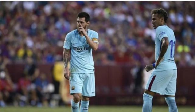 """""""Shaqsiyaad qaar ee kooxda Barcelona ah ma aysan dooneynin in Neymar uu soo laabto"""" – Messi"""