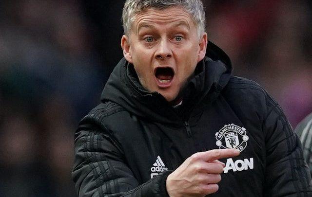 Kooxda Manchester United oo markaan u jihaysatay labo Weeraryahan oo ay filayso inay si fudud ku heli karto