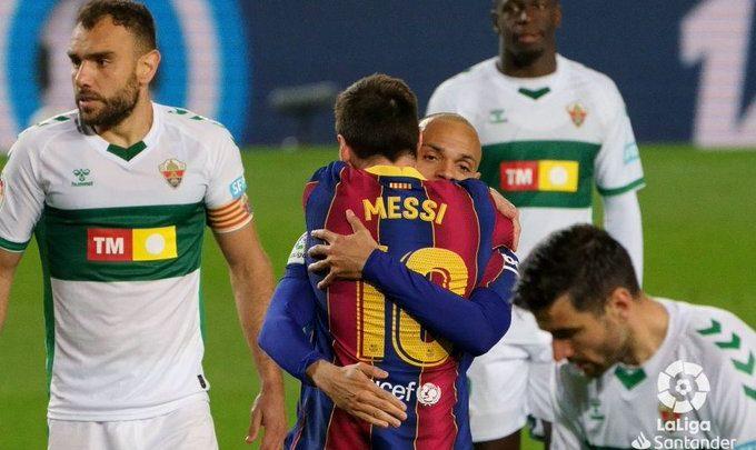 Barcelona oo garoonkeeda Camp Nou guul kaga gaartay kooxda Elche… +SAWIRRO